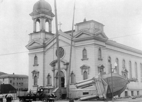A damaged St Anne's church (1935)
